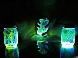Светящаяся в темноте краска Нокстон для стекла
